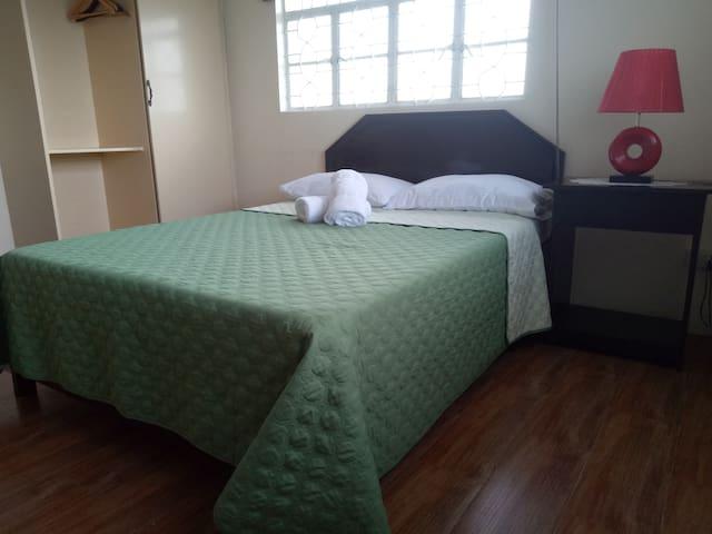 SULYAP SA PAHIYAS Bed and Breakfast Room No 3