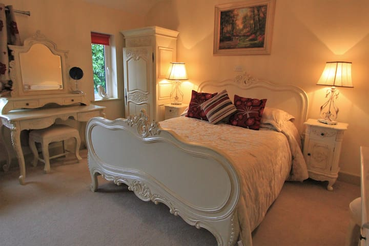 The Bay View Boutique B & B - Classic Room 2