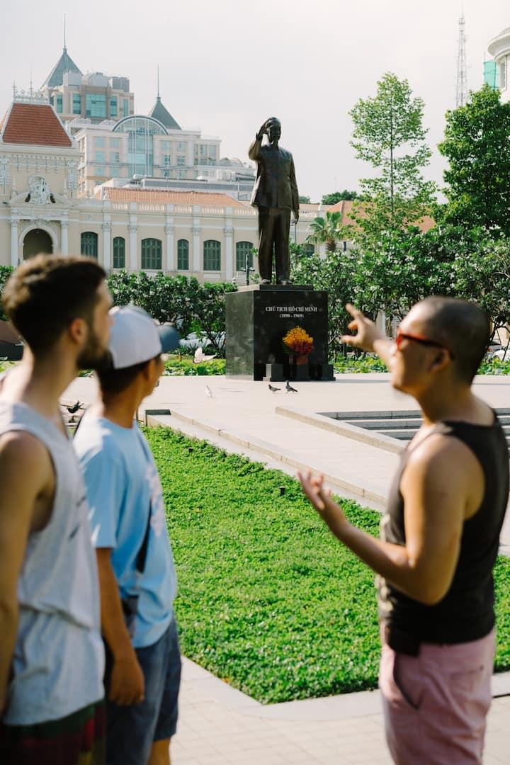 Explaining the role of Hồ Chí Minh