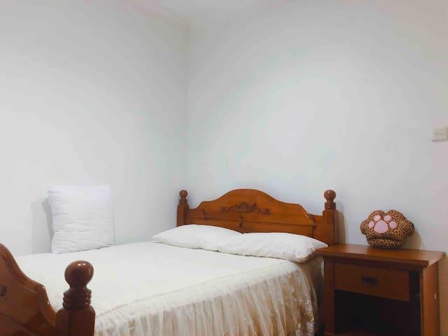 Master bedroom in Bukit Timah