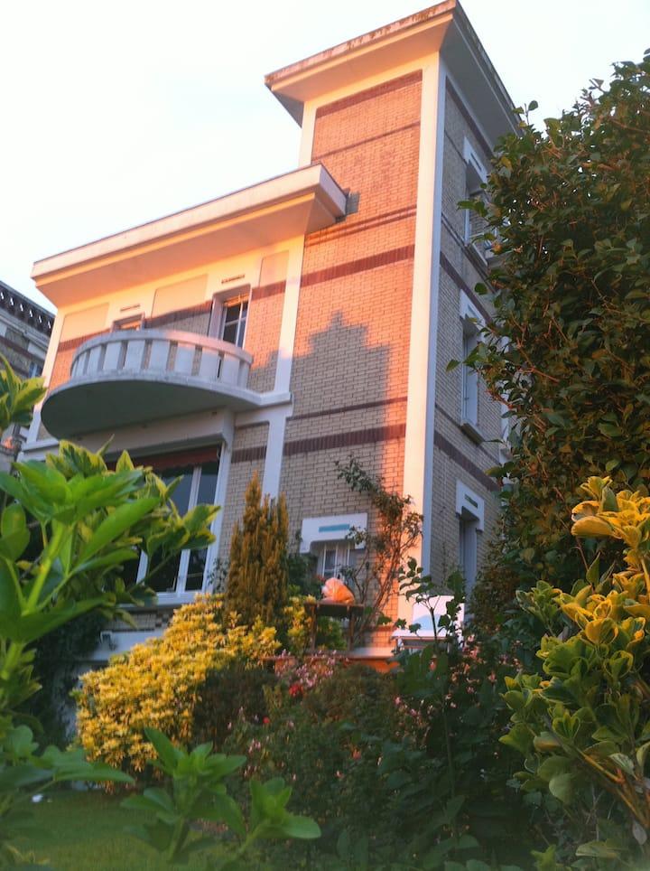 Charming villa, ocean view, garden