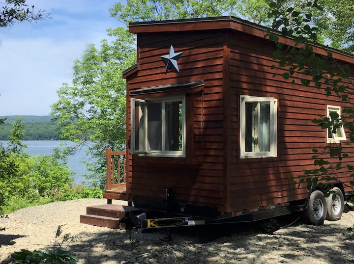 Tiny Loon House On Lake Ainslie 13 km To Inverness