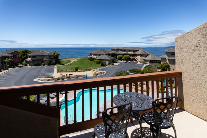 2 BD - Ocean Views at Seascape Resort!