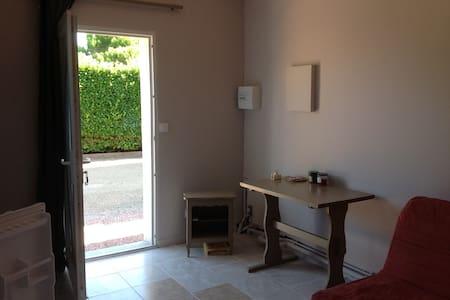Studio indépendant dans maison - Carcassonne