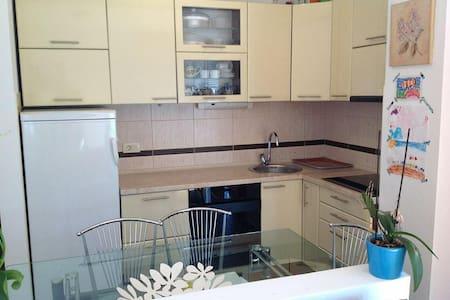 70m2 3rooms Отличная квартира - Petrovac - Apartment - 0