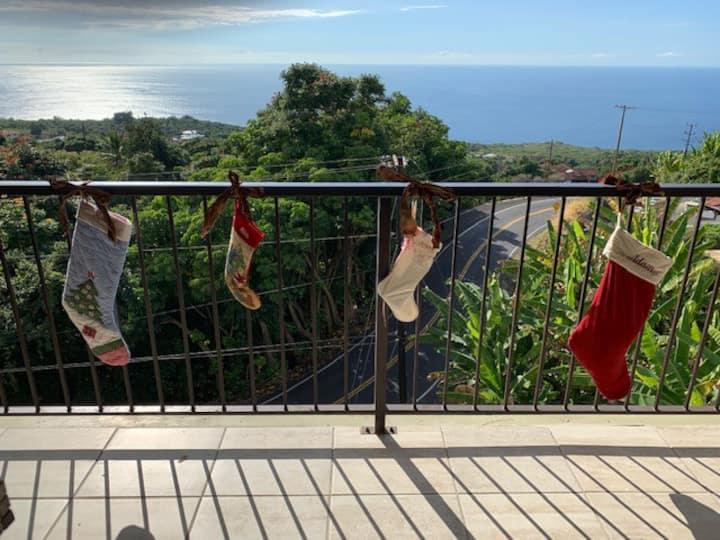 Kona/ Holualoa Condo w/ Ocean View from Lanai