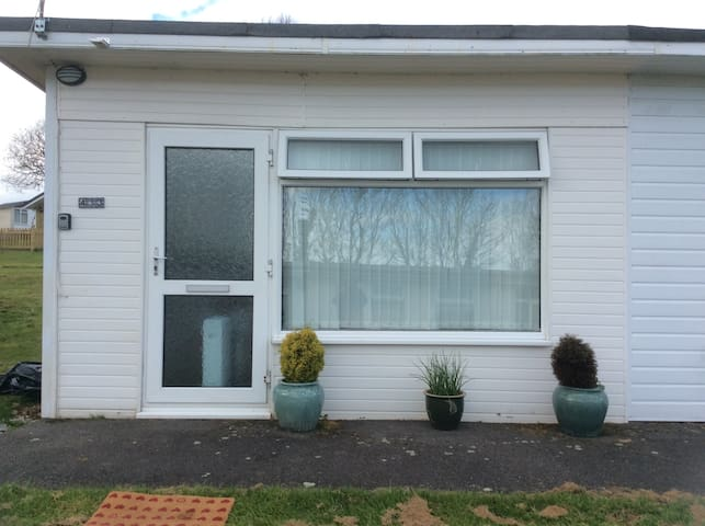 Dartmouth Holiday Chalet Bungalow