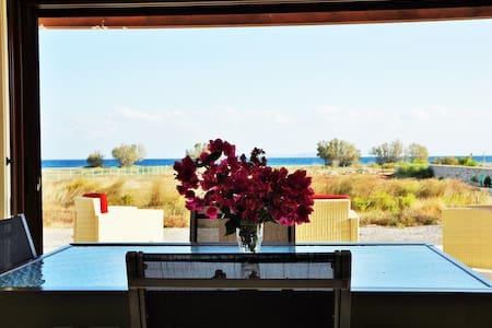 Villa moderne en  bord de mer - Kouremenos - Villa
