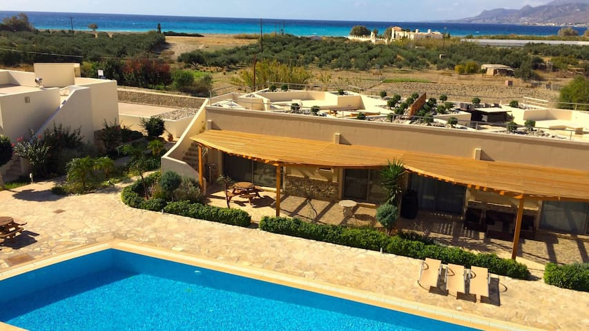 Luxury Bayview bungalow, 300 meters from the beach - Lasithi - Domek parterowy