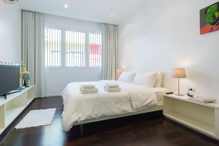 Modern Apartment (BTS/MRT, EMQuartier, free WIFI) - Bangkok - Appartement
