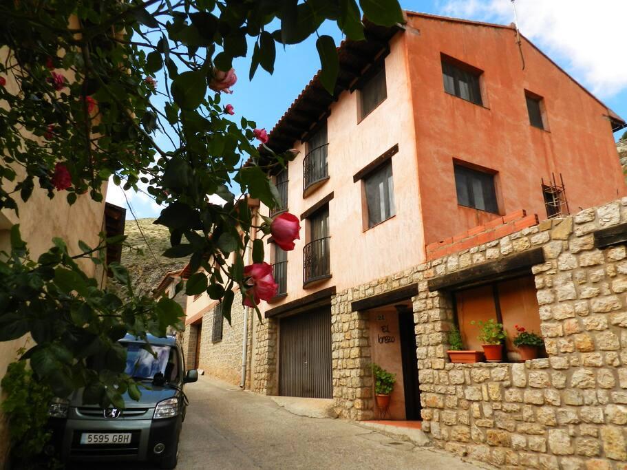 Apartamento el brezo 1 departamentos en alquiler en albarrac n arag n espa a - Apartamentos en albarracin ...