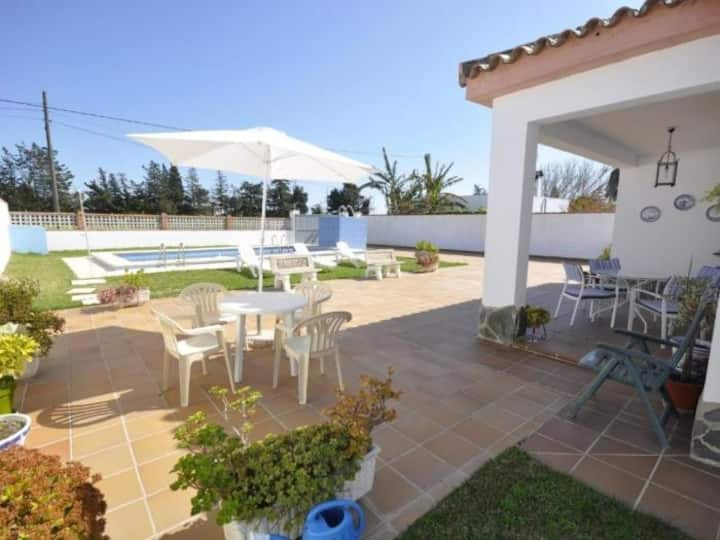 Villa 24 with private pool and wifi
