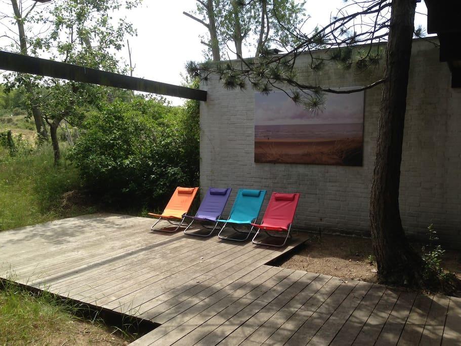 Maison au milieu des dunes parking petit garage for Location garage 77