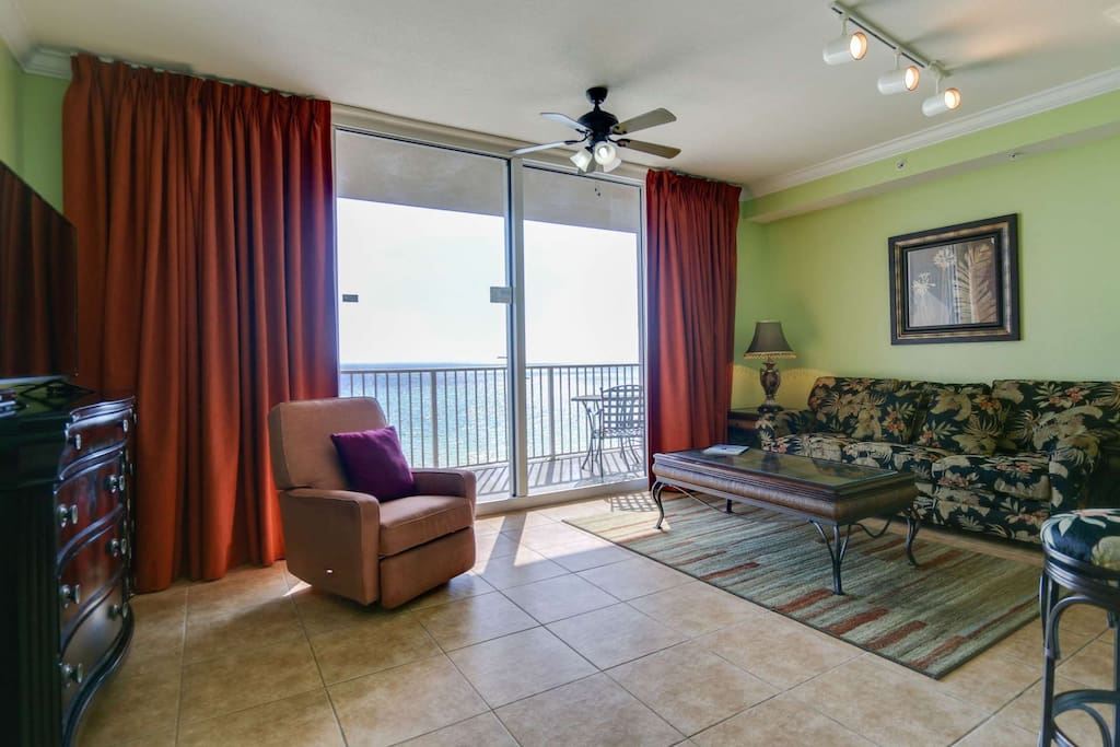 Queen sleeper sofa and balcony access from this 4th floor unit!