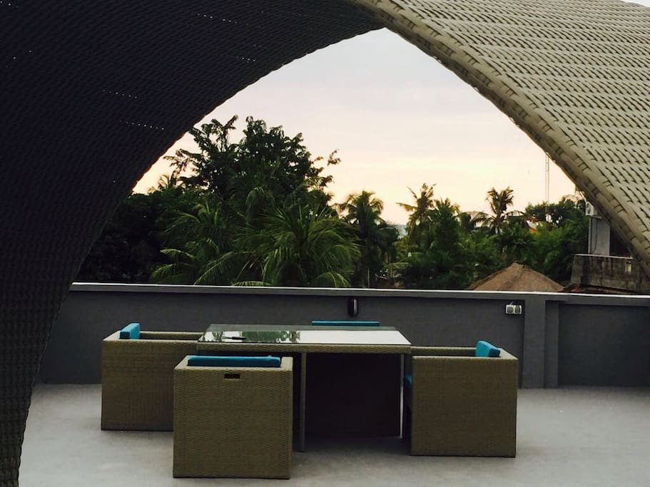 Enjoy wonderful sunsets at our rooftop terrace in the center of Lovina Beach