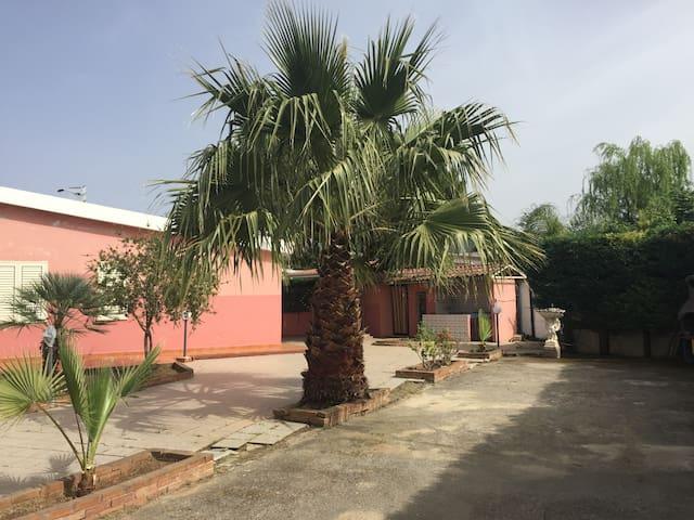 Villa Sara in Santa Maria del Cedro - La Bruca - Villa