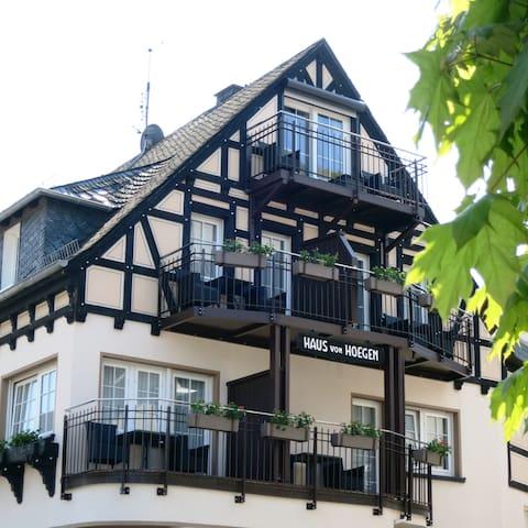 Haus von Hoegen - Cochem - Apartament