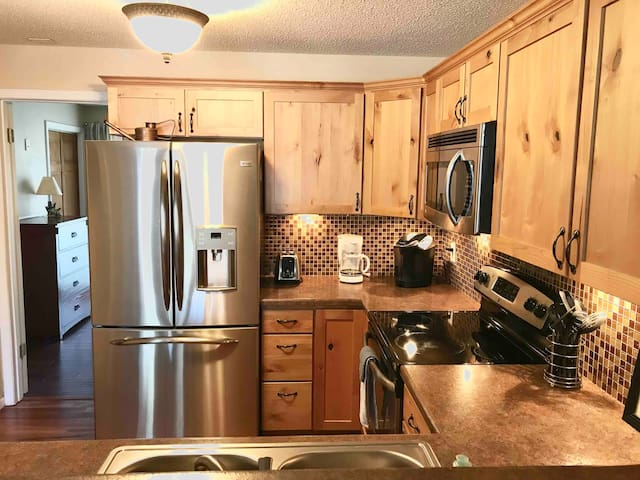 Updated Rustic Cozy Westminster Condo! 1BR+Parking