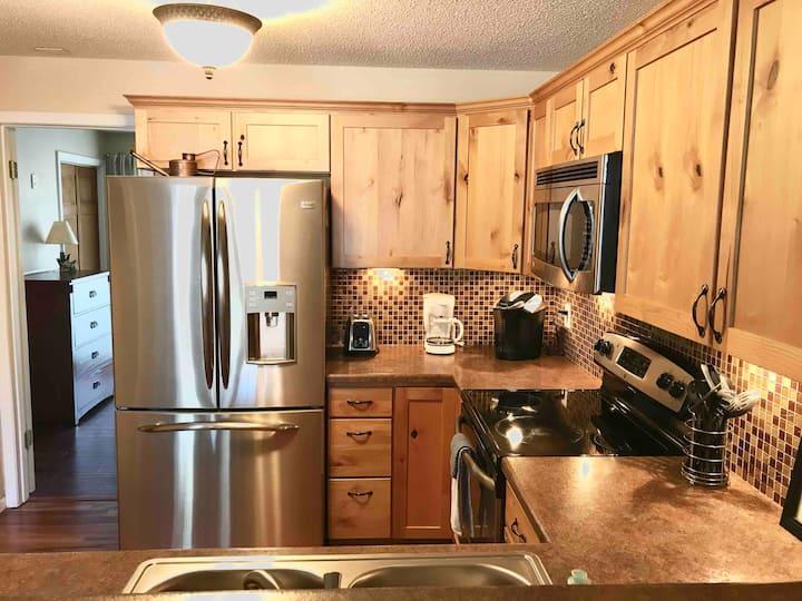 Updated Rustic Cozy Colorado Condo! $1,800/Month