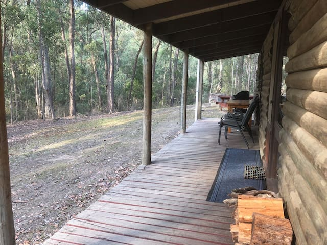 Parkvale-Family & pet friendly log cabins