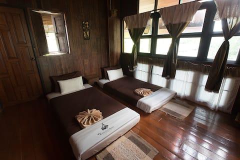 Kanecha's Home Lampang (Wooden House, Upper Floor)