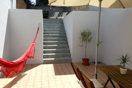 Apartment with patio near Porto's historic centre - Porto - Pis