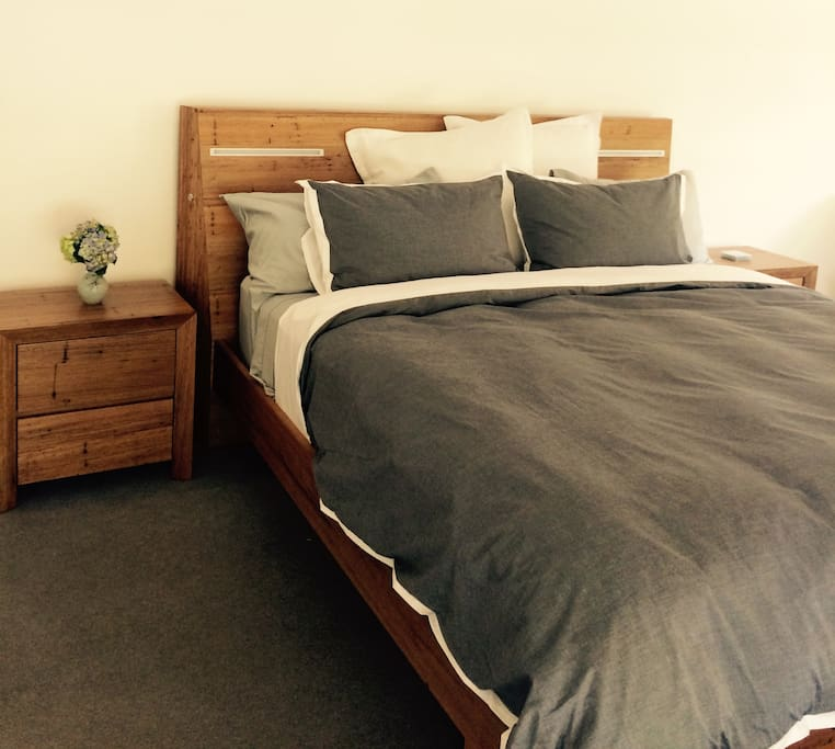 King sized bed with views to orchard