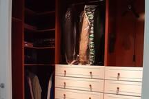 Vestidor habitación principal