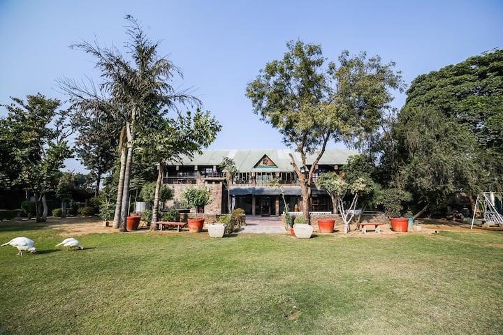 Chopra Farms Gurgaon-Private FarmStay/Resort