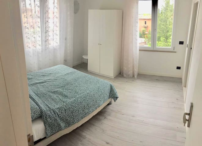 PeschieraView ensuite private Double Room n.02