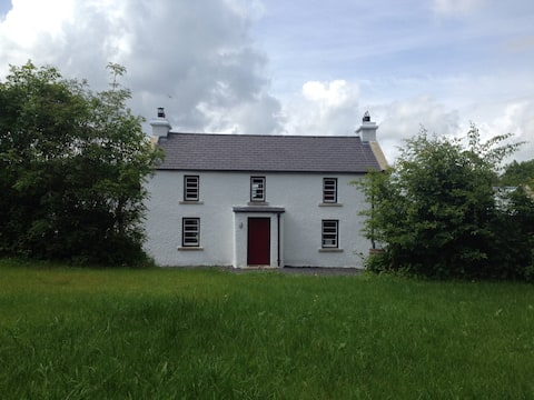 ArDrum - Heritage Grade 2 Listed Irish Farmhouse