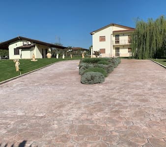 CEPRANO , FROSINONE VILLA  WITH POOL & POOL HOUSE