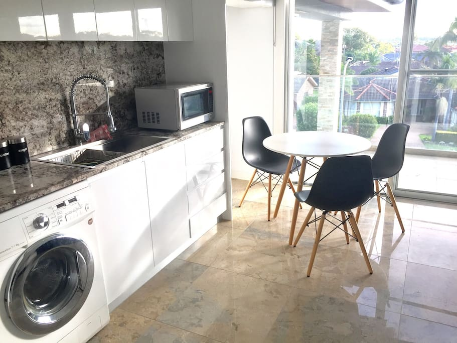 Kitchenette and Dining table