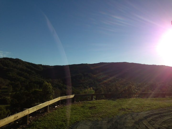 Wamuran Basin Country Retreat with a View