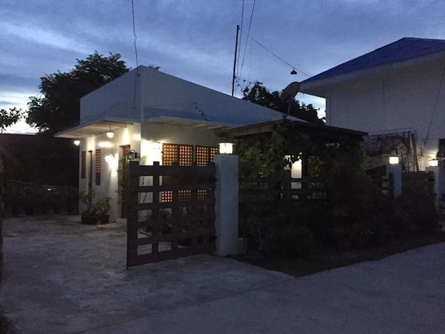 Cozy Vacation House in Santa Fe, Bantayan Is. Cebu - Santa Fe