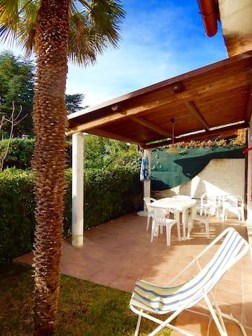 N82 - Numana, villetta con giardino e posto auto - Provincia di Ancona - House