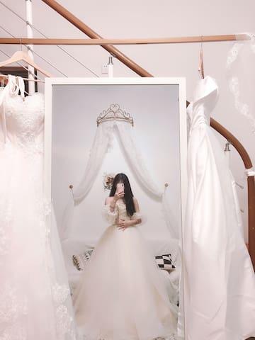 「五月主题民宿」清远超美婚纱、汉服免费试穿+拍照 多套婚纱,汉服,饰品免费提供,想穿那件就那件。