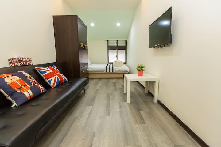 Elegant Triple room 402-NTU (MRT-Gongguan)
