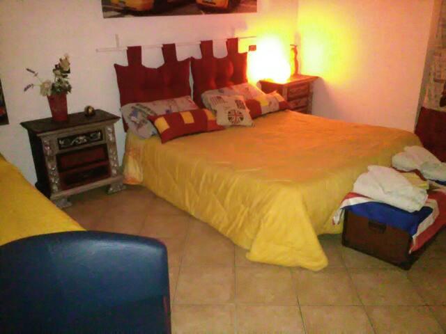 Appartamento intero Taranto centro - Taranto - Dům
