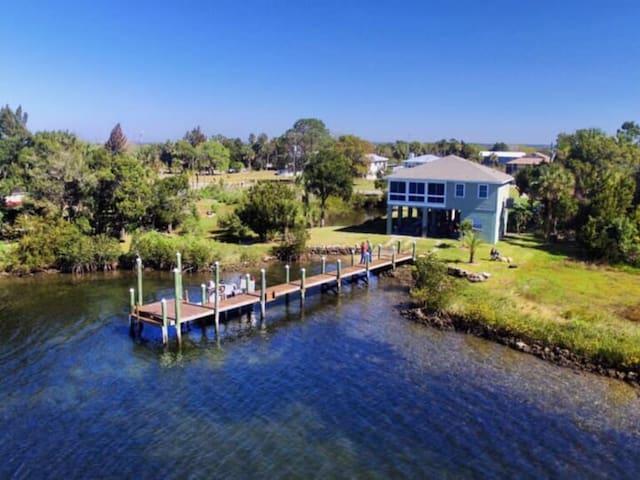 Ozello Island Sunset House - Waterfront Beauty