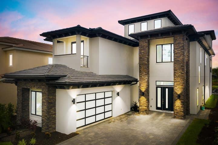 ★ Ultra Lux ★ Rooftop Jacuzzi ★ 8 Bedroom Villa ★