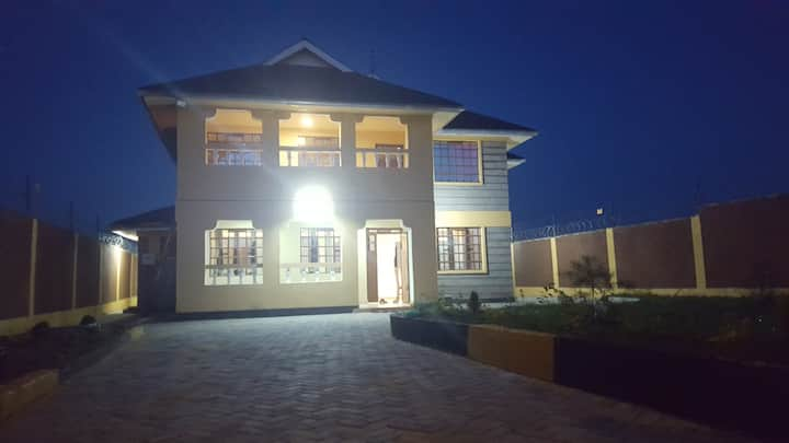 Riverside Furnished Villa - Kitengela