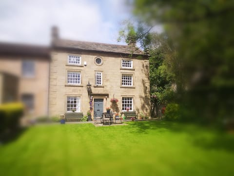 Georgian Country House, Bakewell, Peak District