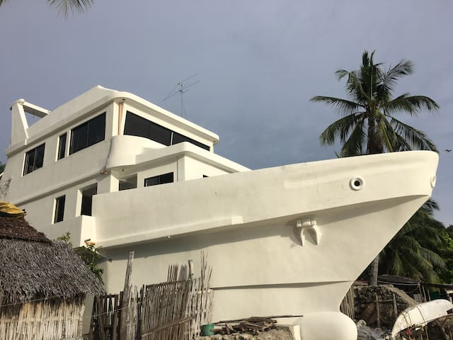 Sailor's Inn/Private Room Samboan Cebu