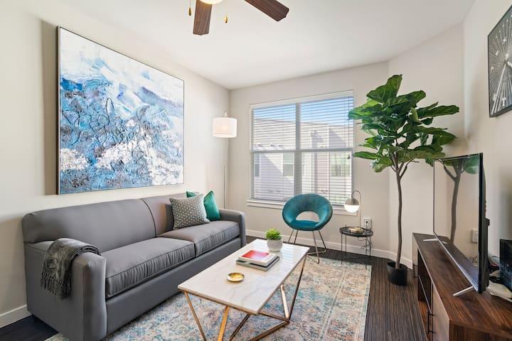 Kasa   Dallas   Luxurious 1BD/1BA Downtown Apartment