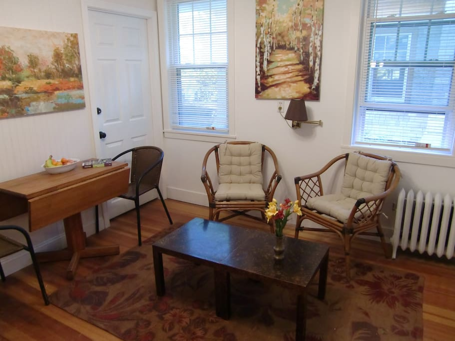 Sitting room with dining/work table