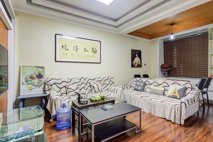 【近高铁站/游客中心】温馨满屋 华山脚下3室套房新房特惠