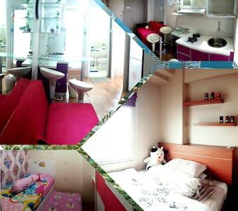 Sweet Luxury SEAVIEW cozy APARTMENT - North Jakarta