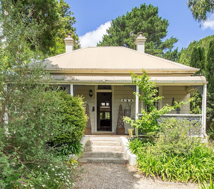 LORNA @ LEURA - Gorgeous Renovated Cottage