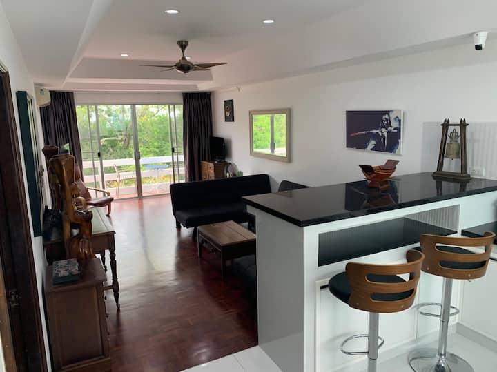 Paradise of Bangsaray condo
